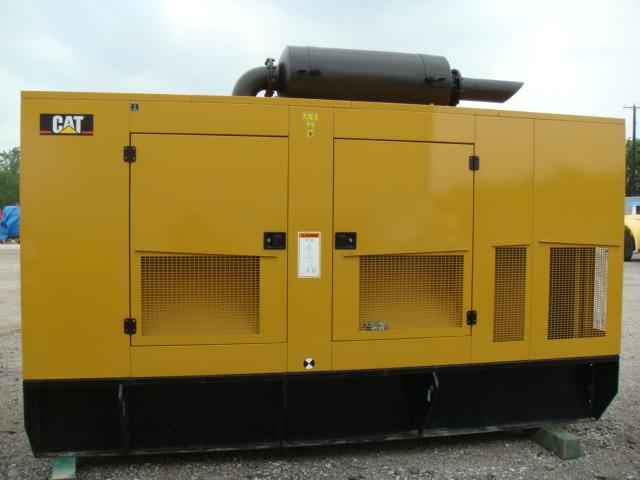 Caterpillar C18, 600 KW, Enclosed
