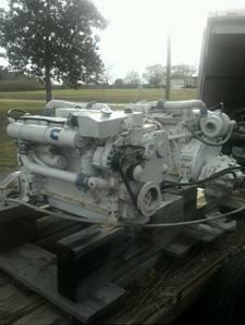Cummins 6B, 210hp Marine Diesel Engines 2:1 Gears