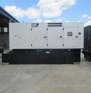 New Caterpillar 600kW Generator Set